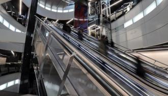 На станциях Большой кольцевой линии работают эскалаторы Schindler