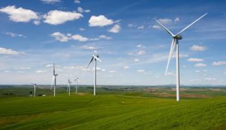 Введен в эксплуатацию первый в России промышленный ветропарк