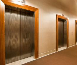 Около 35 тыс. лифтов заменены в РФ за три года при капремонте жилья